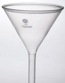 Trichter aus Glas