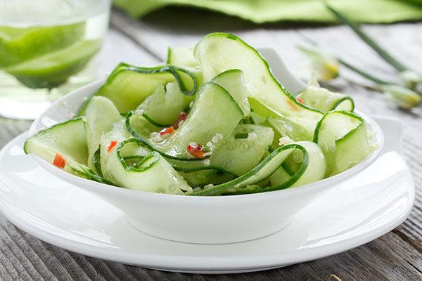 Gurkensalat-infundiert